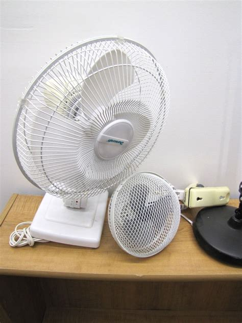 Small Oscillating Desk Fan Furniture 2 Small Clip On Fan Duracraft Oscillating Fan Desk L Worn Condition
