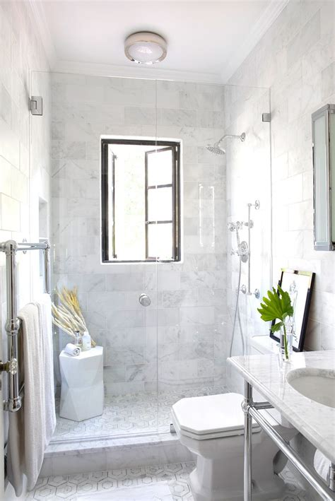 White Marble Bathrooms by 17 Best Ideas About Marble Bathrooms On Marble