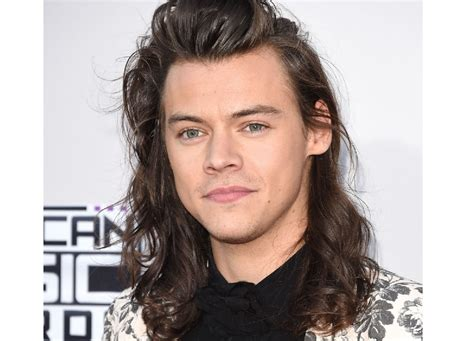 new song harry styles new song 2016 listen to singer s first solo