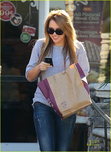 Panera Bread Background Check Miley Cyrus Is Panera Bread Pretty Photo 394490 Photo Gallery Just Jared Jr