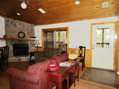 cabin living room and fireplace picture of lafayette