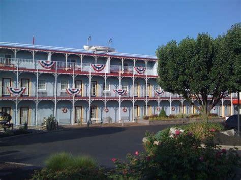 steamboat hotel lancaster pa fulton steamboat inn