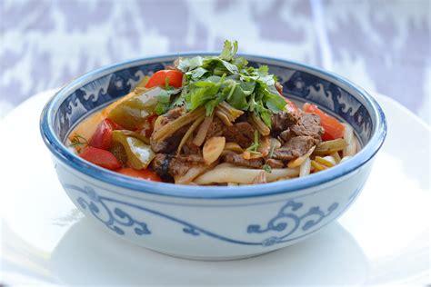 uzbek cuisine food uzbek floury dishes samsa manti khanum and others