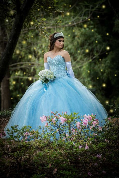 Quinceanera Photography by Quincea 241 Era Photography Four Cameras Photography