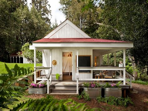 tiny farmhouse tiny cottage design tiny farm house design small country