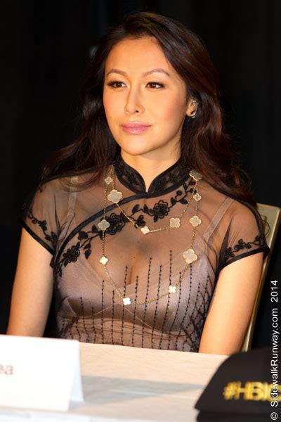 Chelsea Ultra Rich Asian Girl | ultra rich asian girls if the sidewalk was a runway