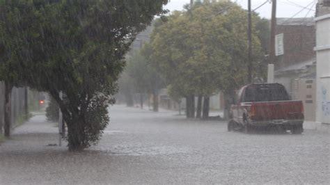 imagenes de fuertes lluvias en pr 243 ximas horas lluvia muy fuerte para oaxaca oro