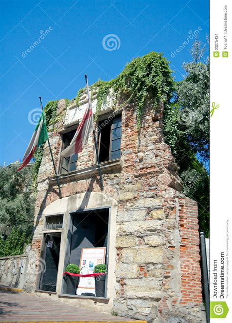 christopher house house of christopher columbus genoa italy stock images image 33275434