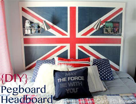 pegboard craft zimmer diy map dresser boys room design dazzle