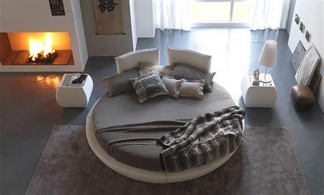 Chemin De Lit Design by Lit Rond Design Pour La Chambre Adulte Moderne En 36 Id 233 Es