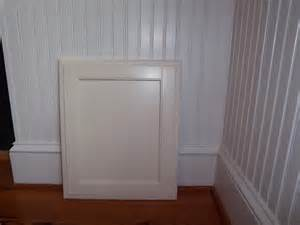 Wainscoting Kitchen Cabinets White Trim Wainscoting And White Cabinets