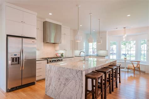 white kitchen island pendant lighting
