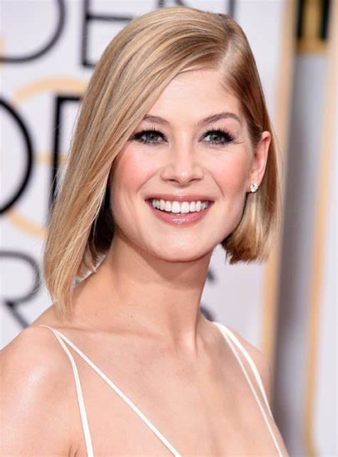 short hairstyles golden globes golden globes beauty short hair don t care instyle com