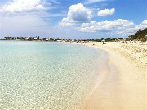 sulla spiaggia puglia spiagge puglia le 10 migliori spiagge della puglia