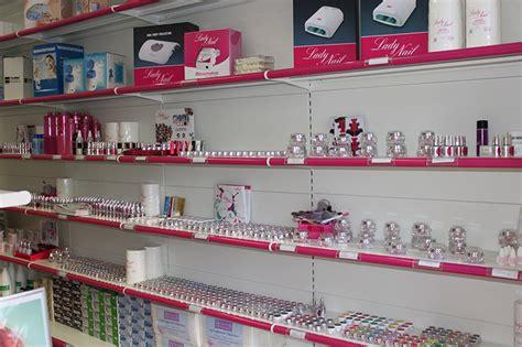 arredamento per estetica arredamento negozio di articoli per estetica