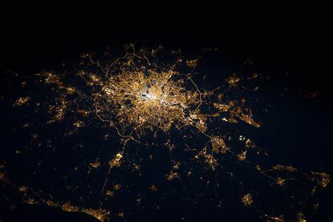 Persid Meteor Shower by World Space Week 15 Amazing Photos Taken By International