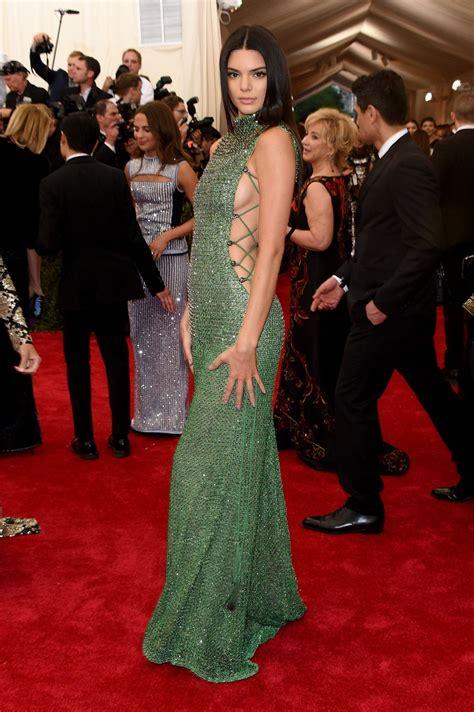kylie jenner 2015 met gala kendall jenner at met gala 2015 in new york hawtcelebs