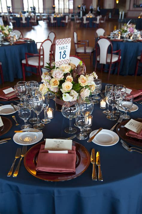 Love the color tablecloths with the accent napkins and