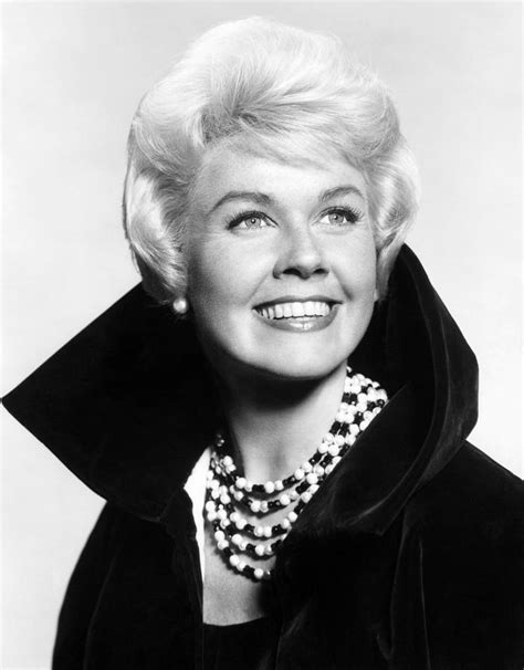 hairstyles of doris day doris day hairstyle pictures newhairstylesformen2014 com