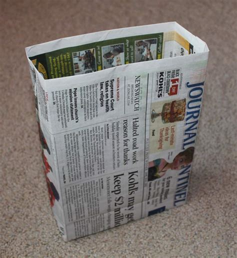 How To Make Paper Bags From Newspaper - how to make a gift bag out of newspaper