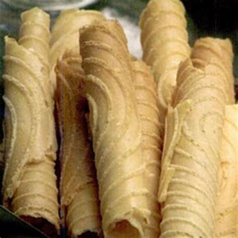 membuat kue gapit resep cara membuat gapit opak gambir renyah resep cara