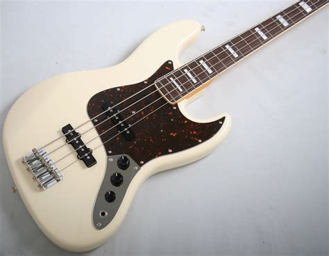 White Jazz Bass by Fender 2013 Japan Limited Edition 66 Jazz Bass Aged