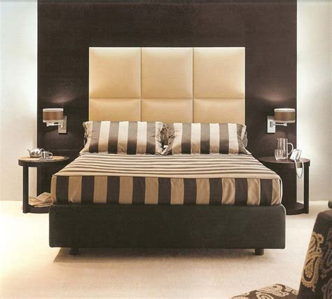 Bedroom Modern King Size Bed Design With Huge Headboard