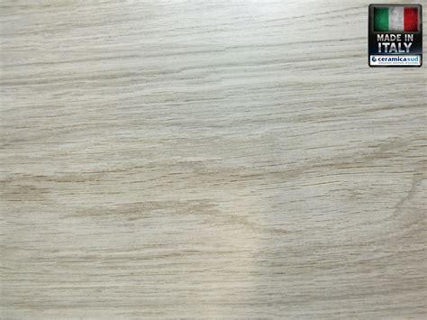 piastrelle da interno prezzi piastrelle da rivestimento per interno effetto legno balsa