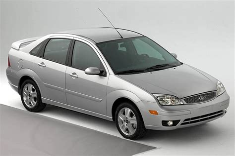 2005 ford focus reviews specs and prices cars com