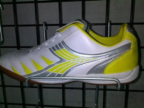 Sepatu Futsal Diadora Di Sport Station one stop sport costume home sepatu diadora