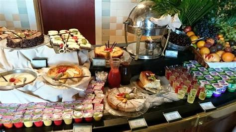 buffet food picture of inventions disneyland paris