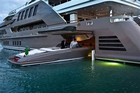 10 Amazing Luxury Boats To Of by Index Of Photos Du Monde The Best Photo Of Luxury Yacht