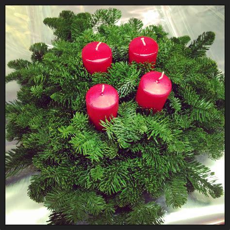 i colori delle quattro candele dell avvento corone d avvento archives idee fiorite