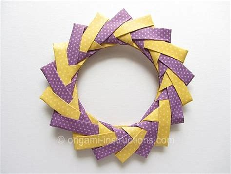 How To Make A Origami Wreath - the world s catalog of ideas