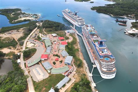 roatan bay islands honduras cruise mahogany bay cruise ship isla roatan discover