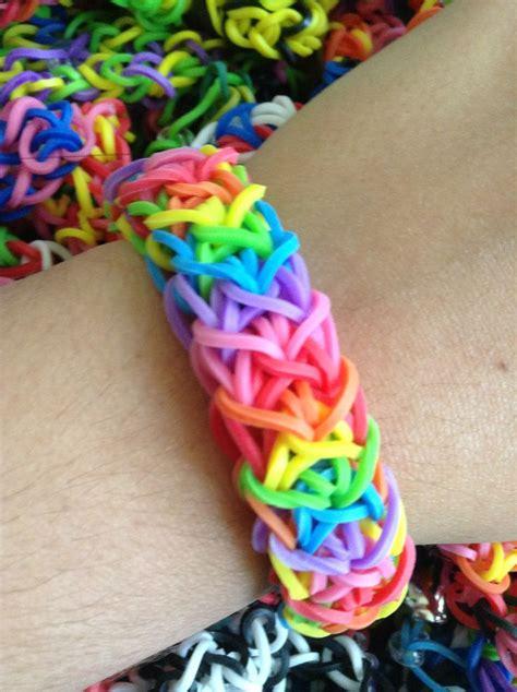 thick rainbow rubber band bracelet rainbow looms   pinterest rubber band bracelet