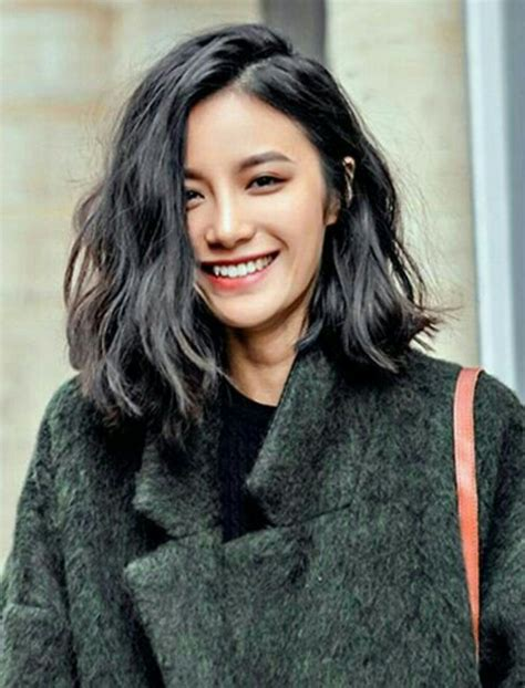 Hair Styles With Edgy Ends | wavy shoulder length with blunt ends hair pinterest