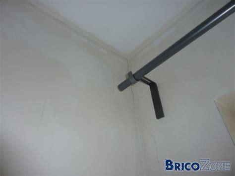 Refaire Un Plafond Fissuré by Fissure Plafond Fissure Au Plafond Et Compromis De Vente