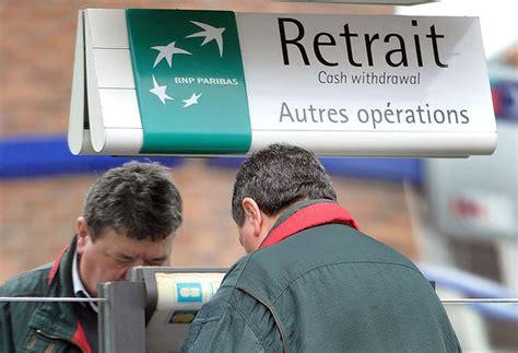 deutsche bank banging banks threaten top economist warns of