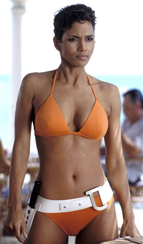 Halle Berry Is Bossy by 118 Best Images About Bond On