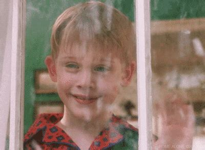 macaulay culkin gifs find on giphy
