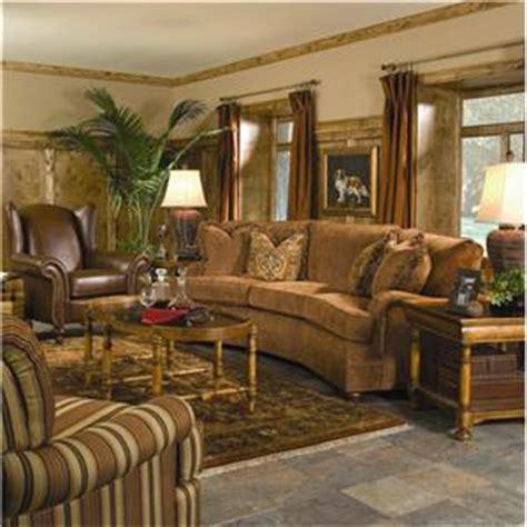 huntington house sofa review huntington house 2061 conversation sofa with curved arms