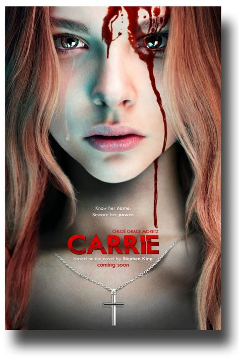 movie chloe ending alternate ending for 2013 s carrie most ridiculous thing