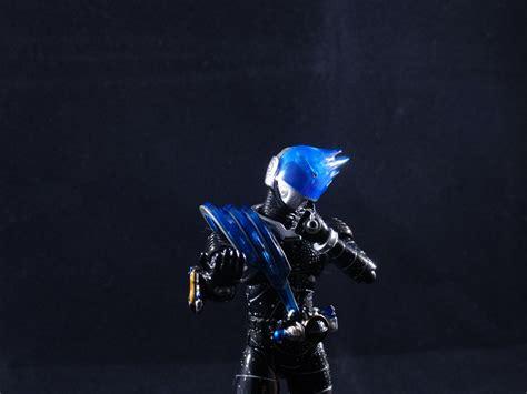 S H Figuarts Kamen Rider Meteor s h figuarts kamen rider meteor starscreamersrants