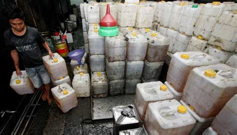Minyak Goreng Curah Di Pabrik polda metro bongkar praktik penggelapan minyak goreng