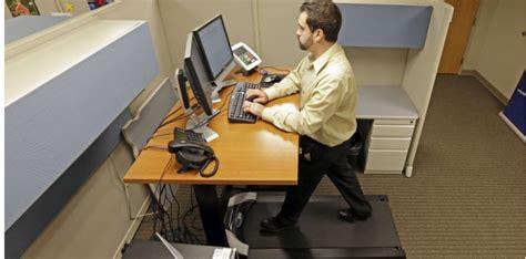 travailler debout bureau debout rester assis au bureau nuit gravement 224 la sant 233