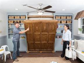 Murphy Bed On Fixer Chip Gaines Blows His Top On Fixer Realtor 174