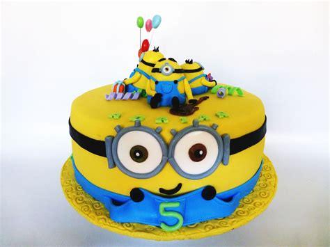 Mickey Top Mininos birthday invitation card design image inspiration