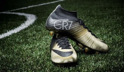 ronaldo new football shoes nike mercurial superfly cristiano ronaldo gold boots