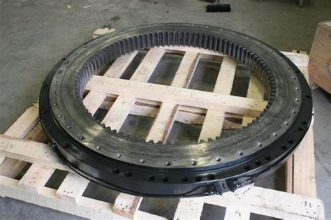 swing bearings swing bearings slewing rings heavy equipment parts